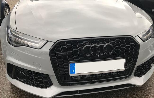 Schwarze Ringe - Audi Ringe in Schwarz - Front / Kühlergrill